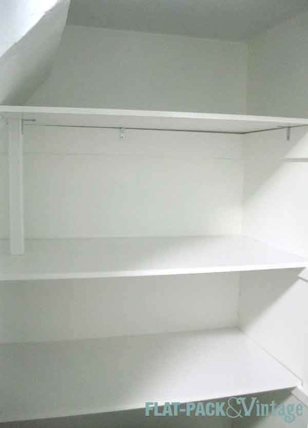 bathShelves2