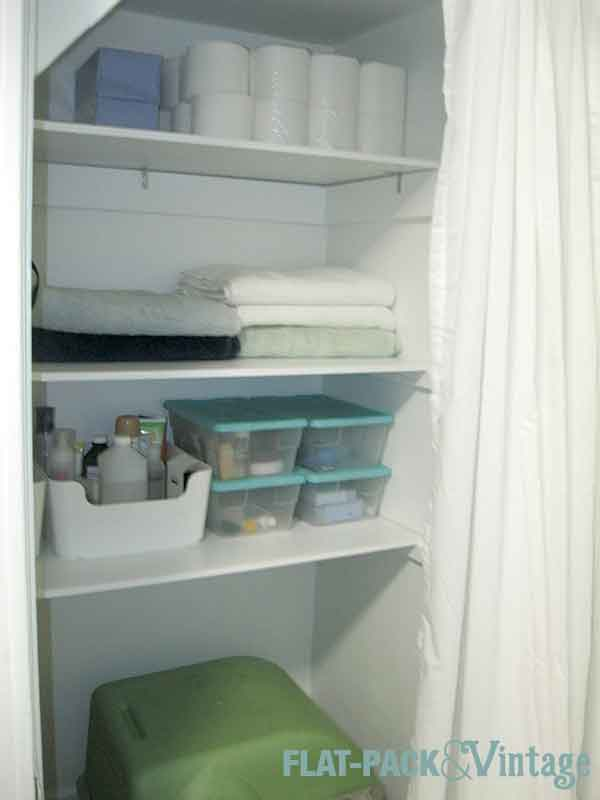 bathShelves4